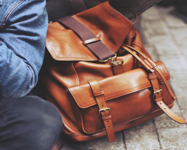 Tous ce dont on a besoin de mettre dans sa valise quand on part en voyage d'un an au Japon et à Tokyo dans le cadre d'un visa PVT