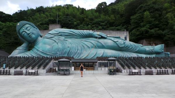 Bouddha géant du temple Nanzoin à Fukuoka.