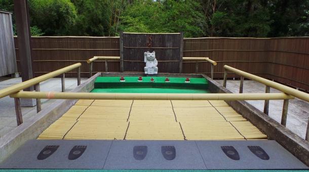 Jeu de la fortune du temple Nanzoin à Fukuoka.