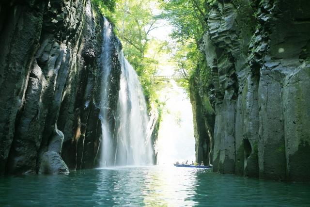 Vue des gorges de Takachiro. Source : Voyapon.com