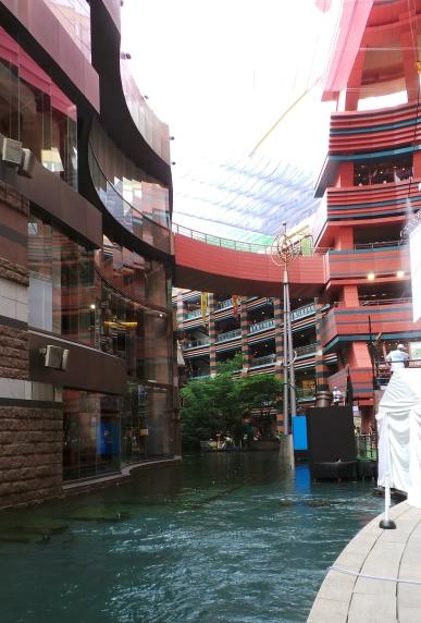 Visite de Fukuoka : le centre commercial Canal City à Hakata