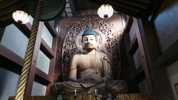 Visite de Fukuoka : grand Bouddha assis du temple Tocho-ji à Gion