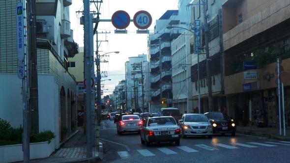 Embouteillage à Naha, sur l'île principale d'Okinawa, Japon