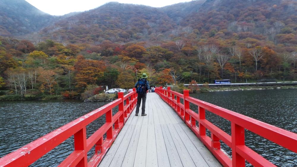 Pont du sanctuaire Akagi, près de Tokyo, préfecture de Gunma, Japon.