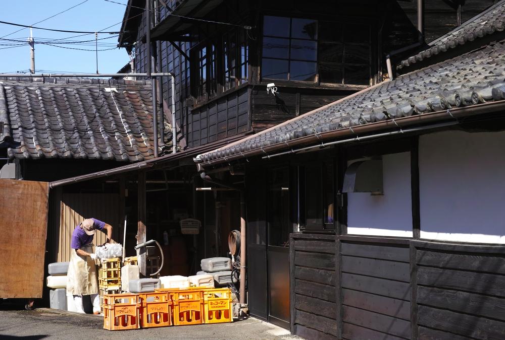 Meijiya Shoyu, une fabrique artisanale de sauce soja bio, Hamamatsu, préfecture de Shizuoka, Japon.