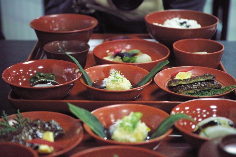 Déjeuner végétarien au temple Okuyama Houkouji, préfecture de Shizuoka, Japon.